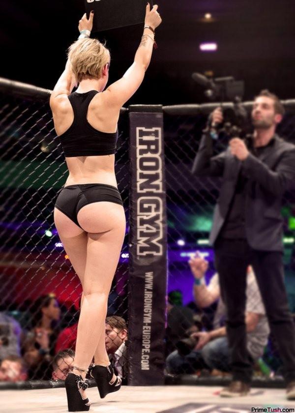 Ring-girl-Sarah-Dabbs-juicy-bubble-butt-tight-shorts
