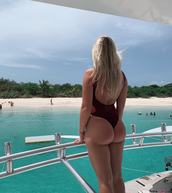 beach-bubble-butt
