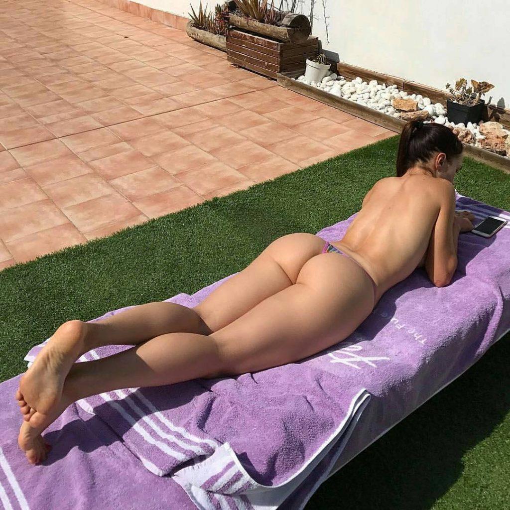 bubble-butt-bikini