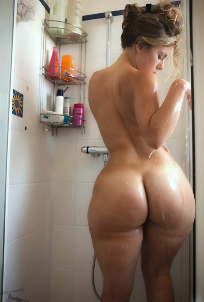 london-andrews-sexy-big-booty