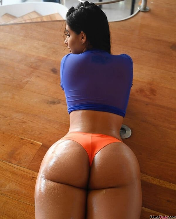 oiled-pawg-thong