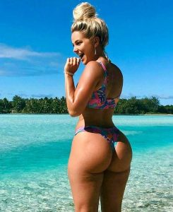pawg-at-beach
