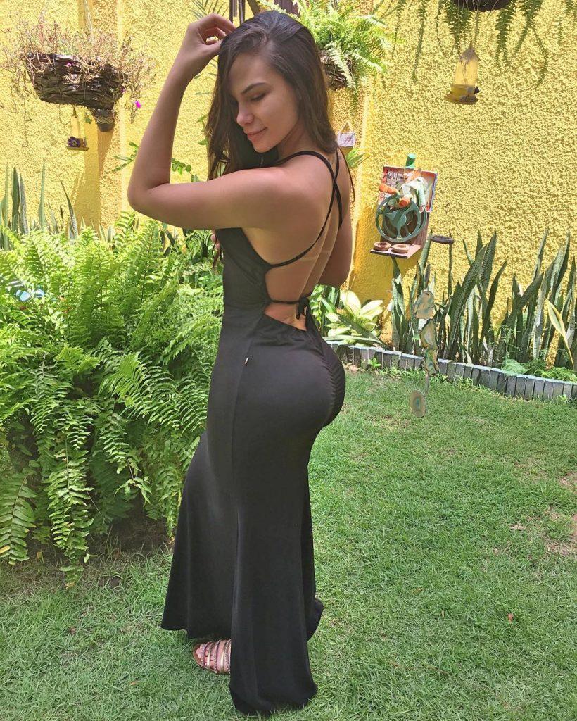 round-firm-ass-tight-dress