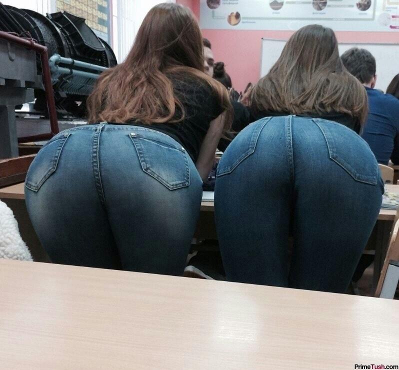 schoolgirl-booty-tigh-jeans