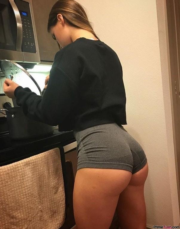 sexy-tight-short-shorts