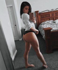 thick-legs-big-ass